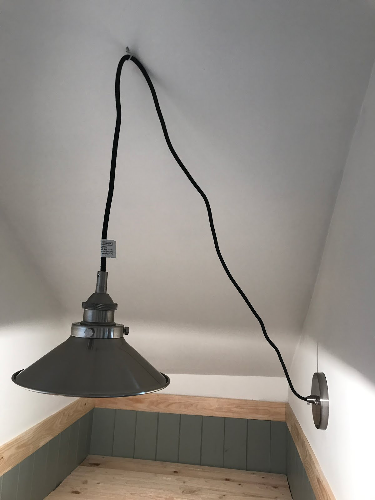 Turning a wall light into ceiling light