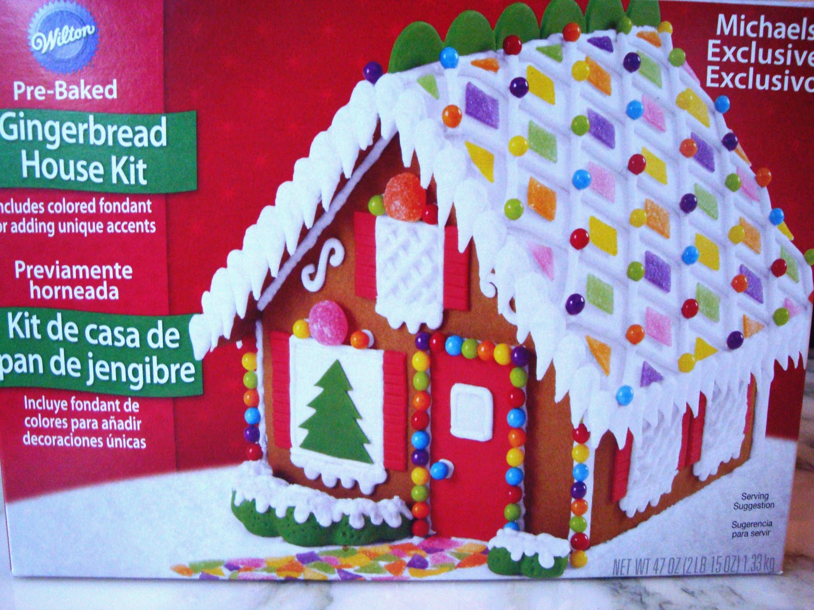 Textile Trolley Decorating A Gingerbread House