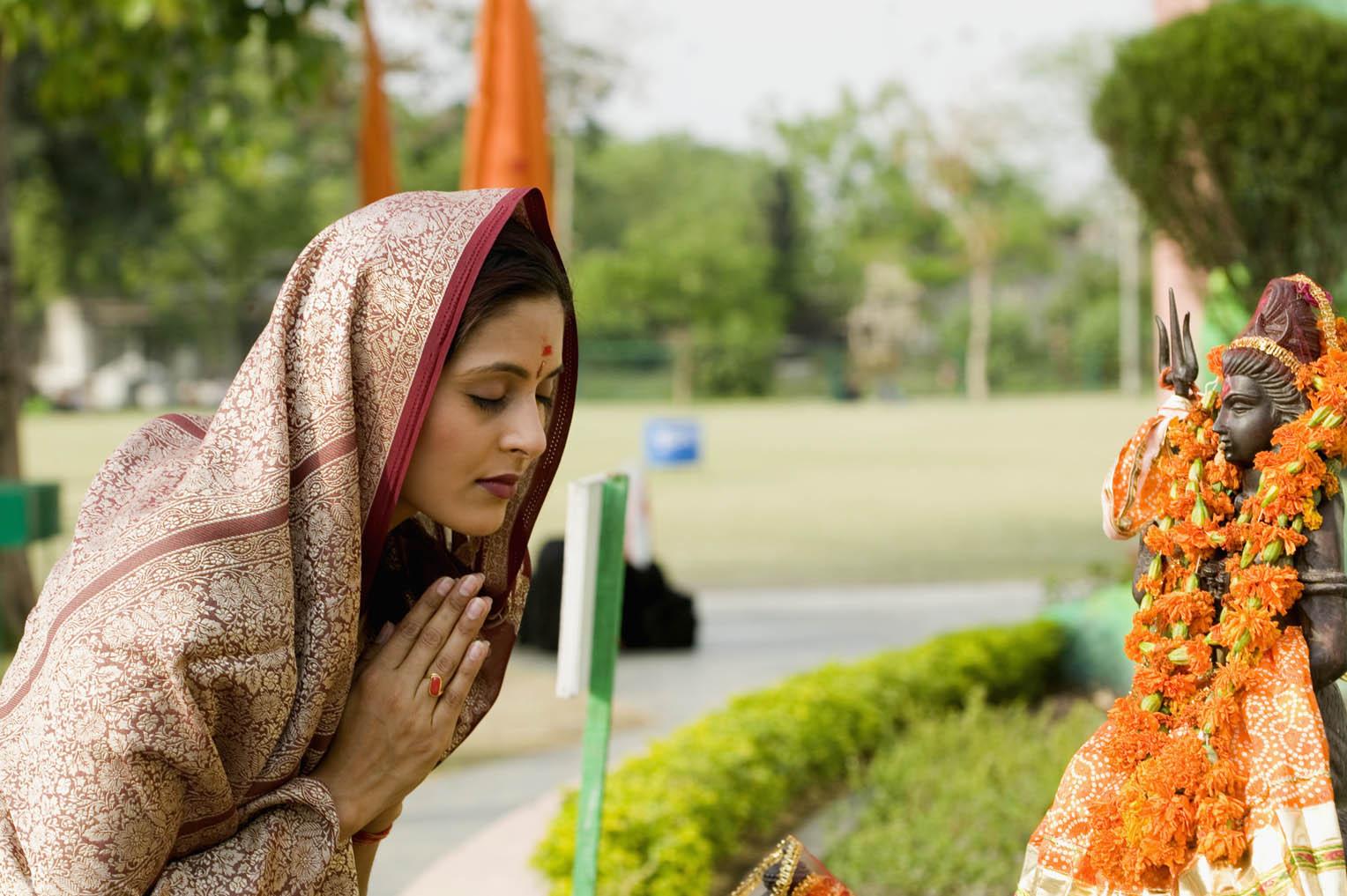 Why Do Indians Worship Idol