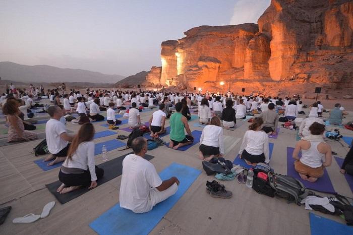 יוגה ערבה – מפגש של גוף ונפש במדבר - נובמבר 2018