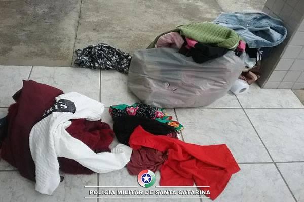 Mulheres são presas usando crianças para furtar lojas em Canoinhas