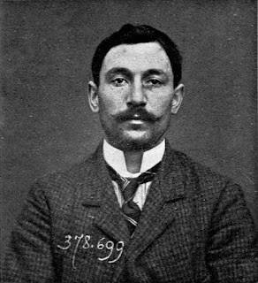 A police mugshot of Vincenzo Peruggia