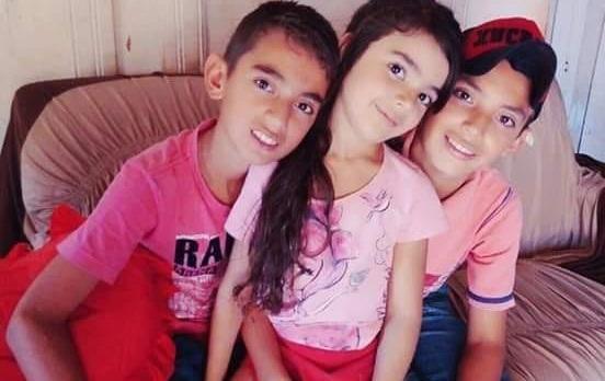Corpos das três crianças desaparecidas que caíram em rio foram encontrados nesta manhã