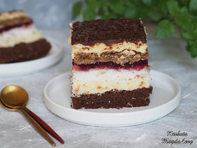 Ciasto biszkoptowe przekładane