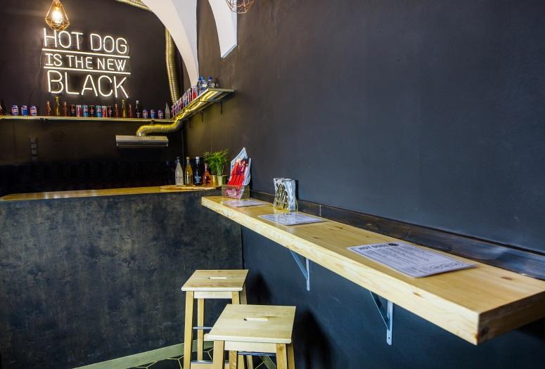 Black Hot Dog Krakow
