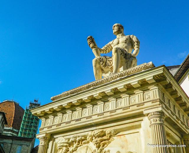Florença, monumento a Giuseppe delle Bande Nere