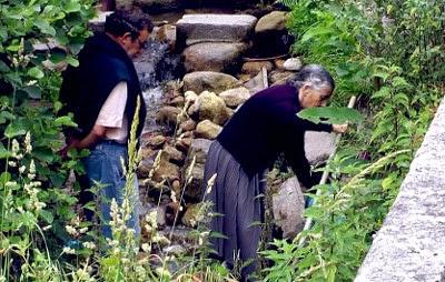 http://www.sermosgaliza.com/articulo/arte-imaxe-patrimonio/paisaxe-galiza-impregnada-crenzas/20140406174911026072.html