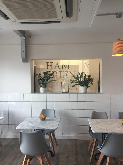 Ham and Friends wine bar