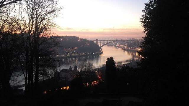 Viara do rio Douro e da Ponte da Arrábida
