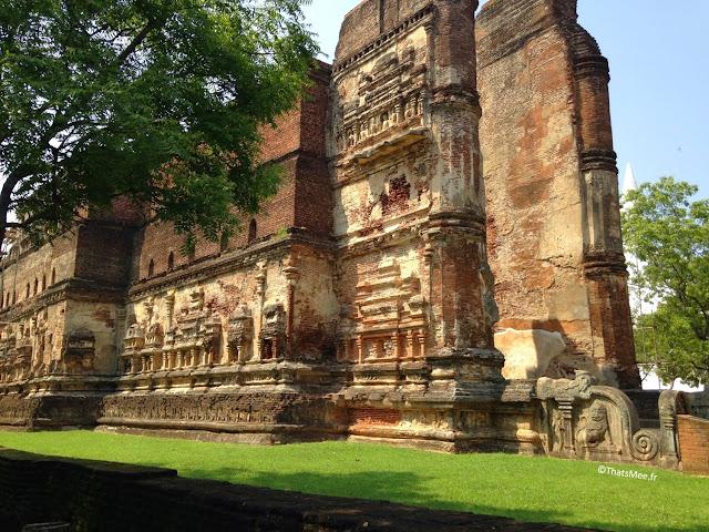 temple Polonnaruwa grand bouddha Sri Lanka ceylan