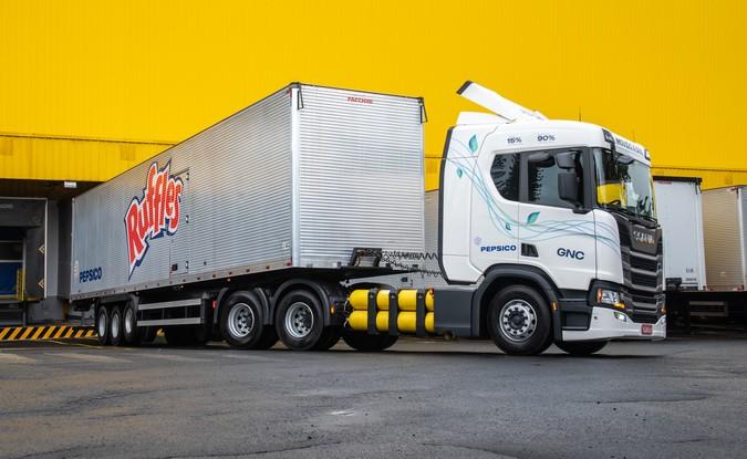 PepsiCo adquire 18 caminhões Scania movidos a gás