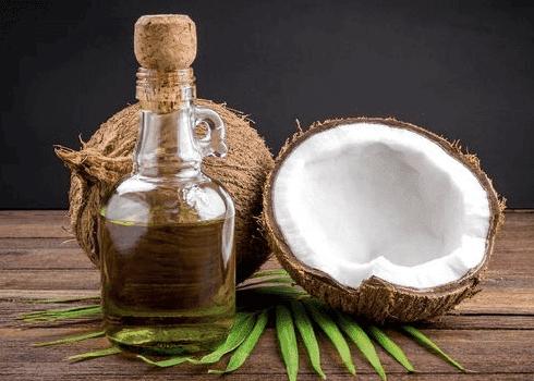5 Manfaat Minyak Kelapa Murni selain untuk Kulit Wajah