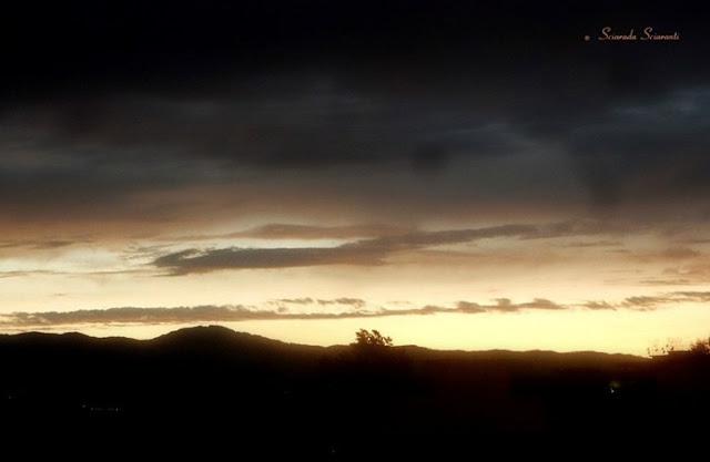 Crepuscolo sulle montagne