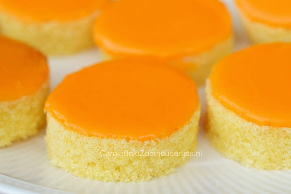 oanje koeken maken met kant en klare cake
