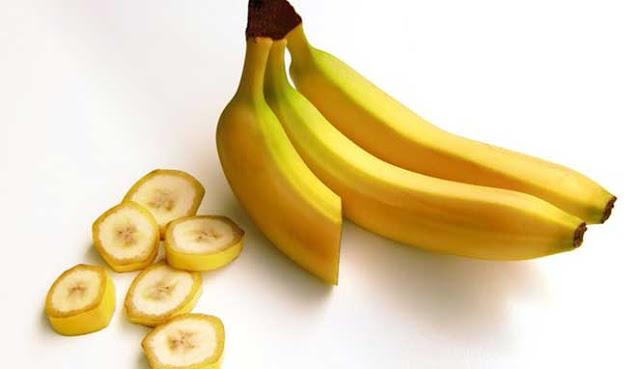 yakni salah satu buah tersehat yang sanggup Anda makan lantaran mengandung protein JANGAN DIBUANG! INILAH 10 MANFAAT KULIT PISANG YANG PERLU ANDA KETAHUI