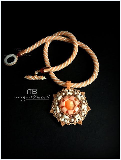Myrna pendant
