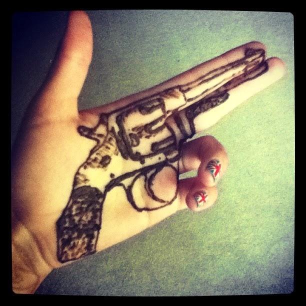 Ballseye 39 s boomers jun 28 2014 for Henna tattoos locations