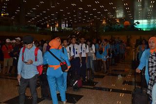 antri di imigrasi Singapura