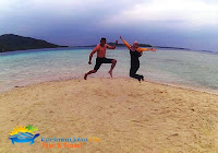 wisatawan di pulau gosong karimunjawa