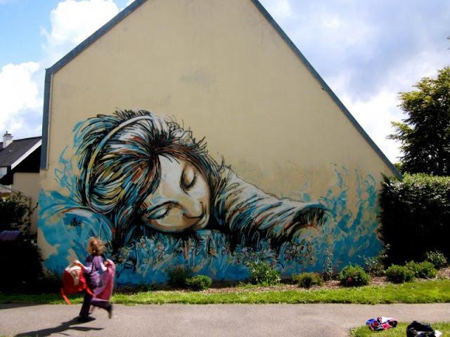 Рисунки на стенах. Alice Pasquini 2