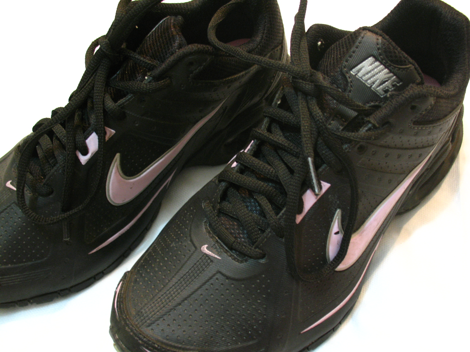 e0ffbe36053 Tudo Brechó  Tenis Feminino Nike - Modelo  Air Max Spear