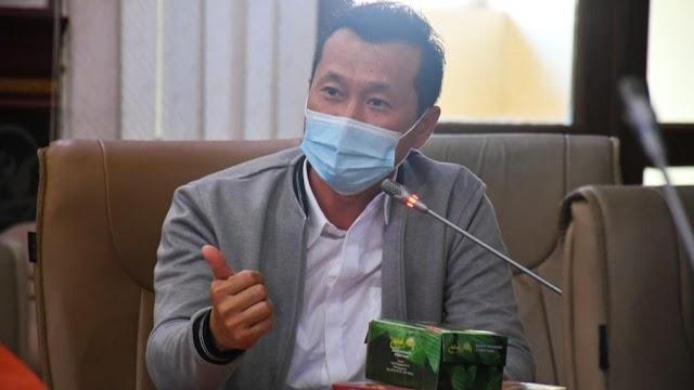 Elite, Teladani Sikap Prabowo Subianto