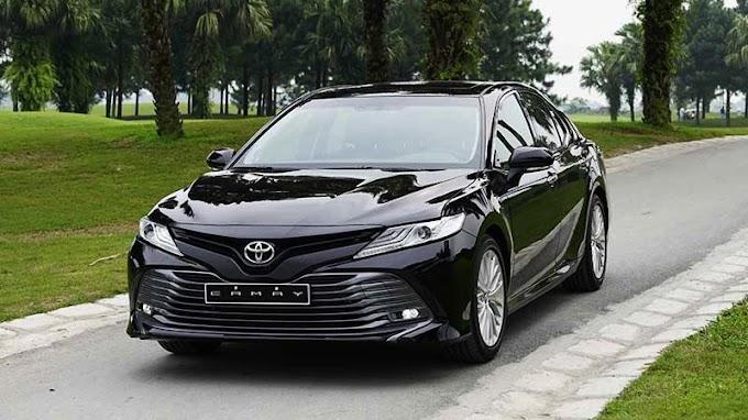 Toyota Camry 2.5Q 2021. Màu đen. Mới 99%
