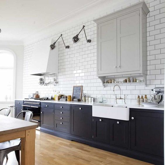 pellmell cr ations des appliques industrielles dans la cuisine. Black Bedroom Furniture Sets. Home Design Ideas