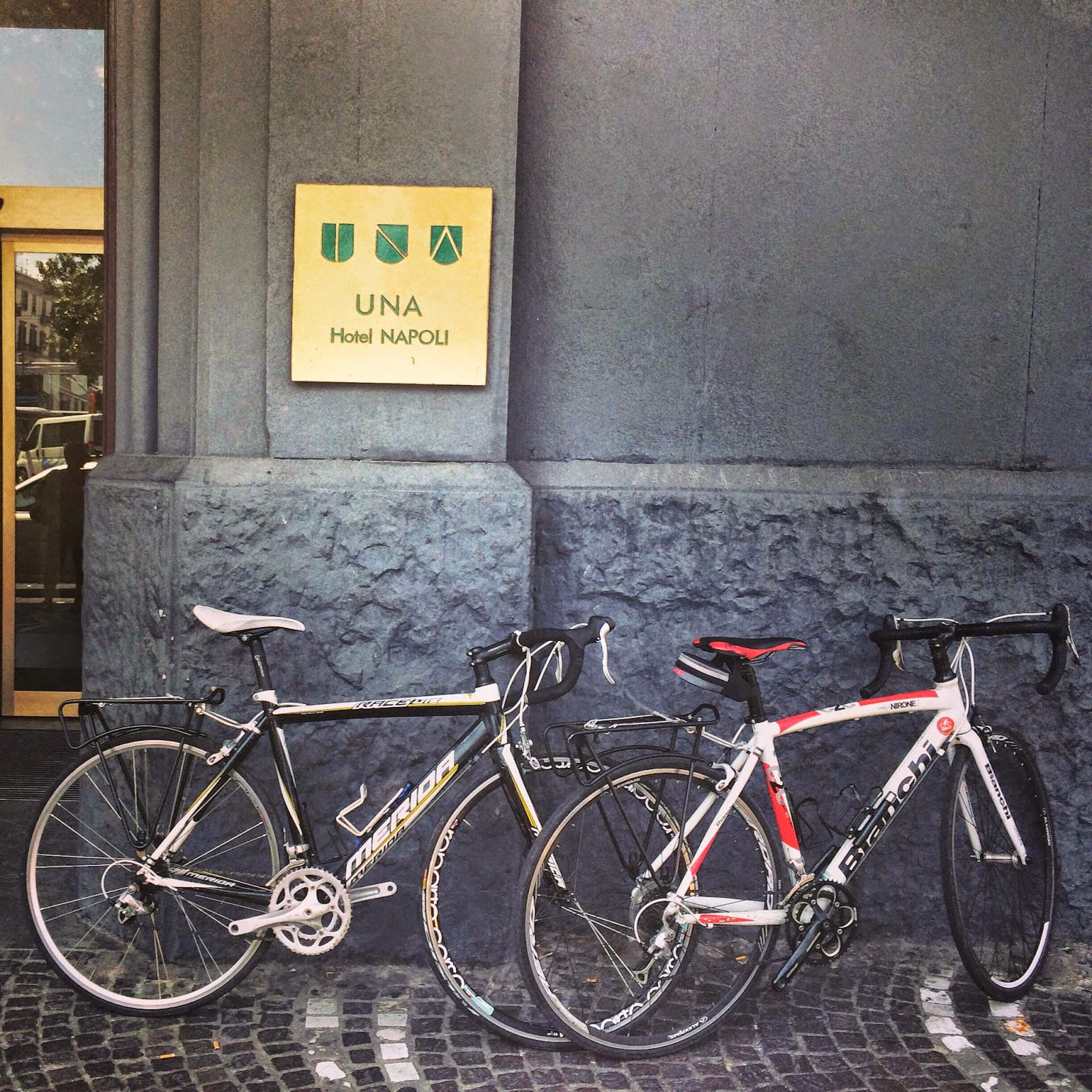 cycling italy bike rental napoli
