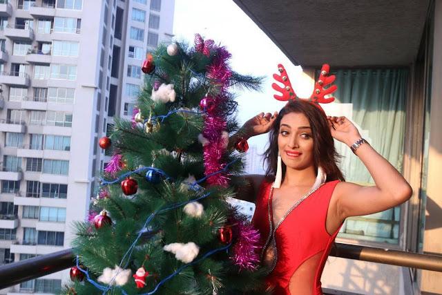Bollywood actress armpit pics heena panchal