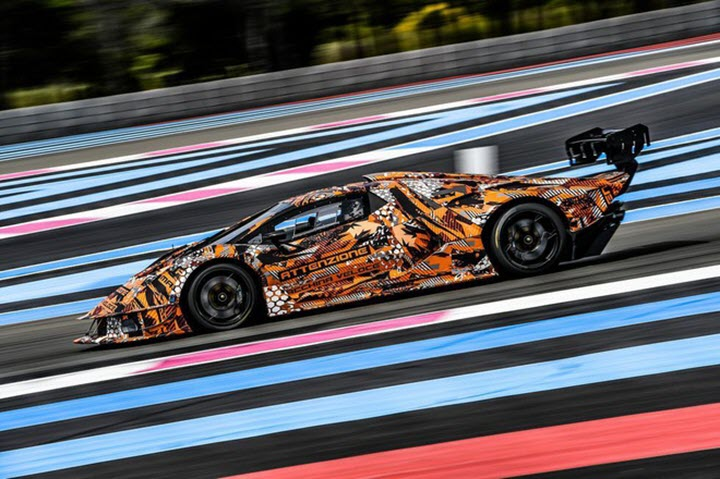 Lamborghini SCV12 - siêu xe trường đua lộ diện