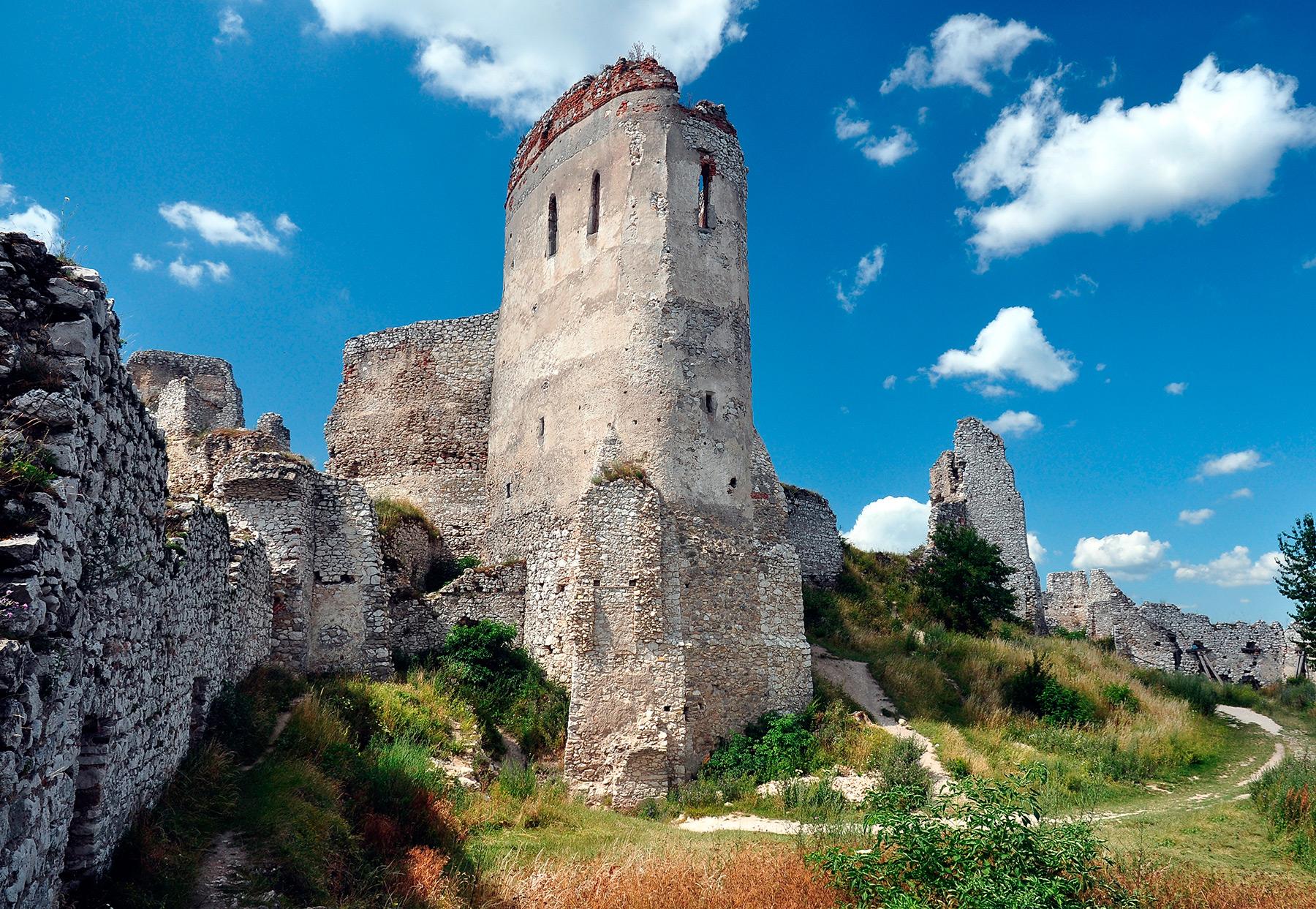 Cachtice Castle, Elizabeth Bathory Castle