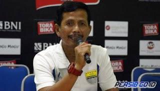 Djanur Buka Peluang Rekrut Pemain Persib Bandung