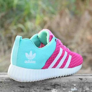 Sepatu Sport Adidas Yeezy Boost Pink