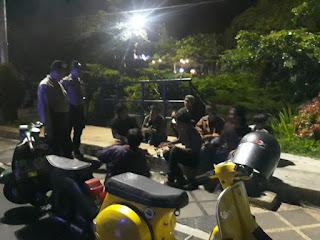 Antisipasi Kejahatan di Malam Hari , Sat Sabhara Polres Lambar Laksanakan Patroli Malam