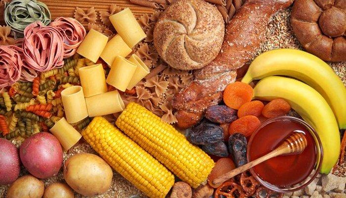 हार्ट अटैक का कारण बनने वाले खाद्य पदार्थ क्या हैं?
