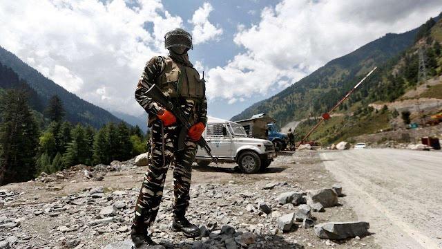 Indian army soldier in ladakh region