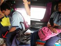 Siswa ini Tertidur di Angkot, Barang yang Dibawanya Bikin Netizen Terenyuh
