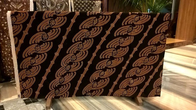 Seragam batik logo perusahaan sesuai pilihan terbaik