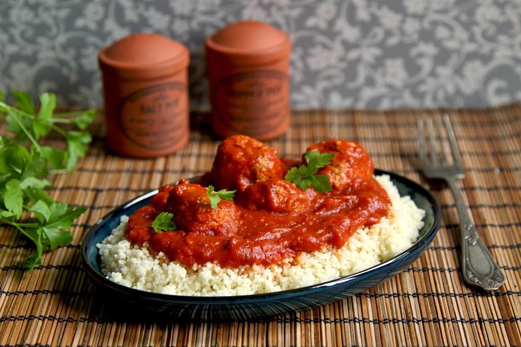 Pulpeciki z indyka w sosie pomidorowym
