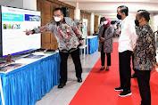 Jokowi: Percepatan Vaksinasi dan Protokol Kesehatan Kunci Penyelesaian Covid-19