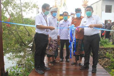 Diresmikan, Desa Perancak Miliki Ekowisata Hutan Mangrove