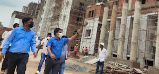 #JaunpurLive : डीएम ने मेडिकल कॉलेज का किया निरीक्षण