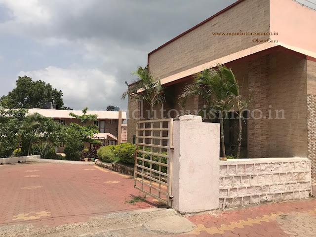 Malwa Retreat Mandu