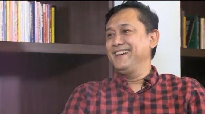 Berita Medsos : Influincer Denny Siregar Komentari Beredarnya Video Mesum Diduga Mirip Gisel