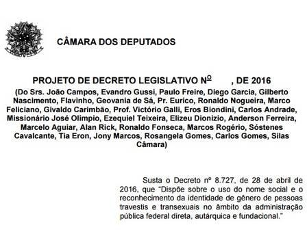 Deputados aliados de Temer protocolam projeto para impedir uso do nome social