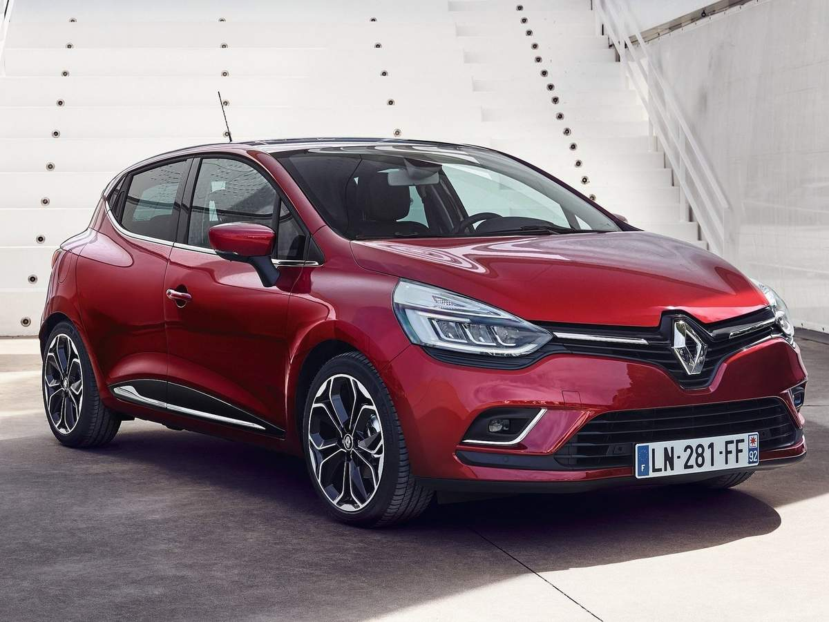 renault clio 2017 recebe facelift para o mercado europeu car blog br. Black Bedroom Furniture Sets. Home Design Ideas