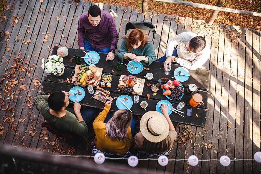 Throw a Thanksgiving Picnic or Backyard Bash
