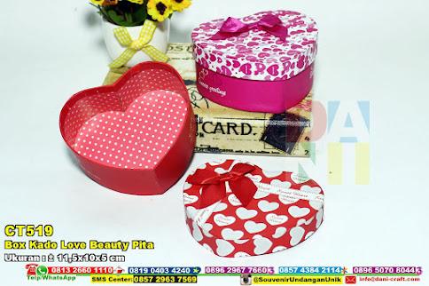 Box Kado Love Beauty Pita