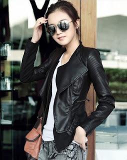 Gambar Jaket Kulit Wanita Warna hitam